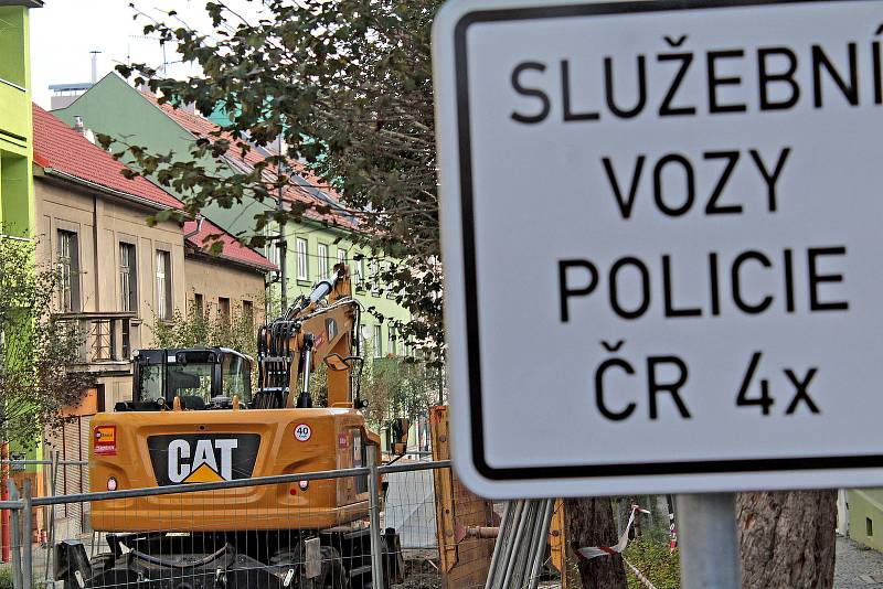 Rekonstrukce vodovodu a kanalizace v Jiráskově ulici v Benešově.