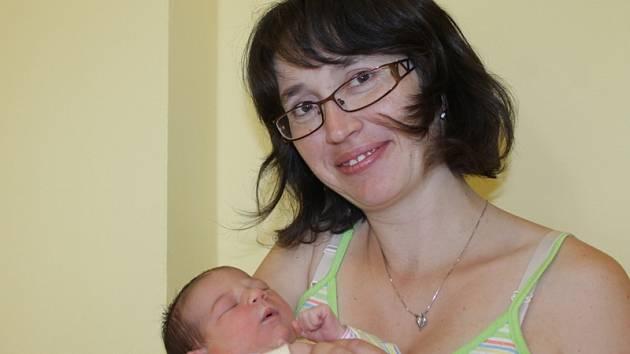 Manželé Jana a Michal Pužejovi se stali rodiči holčičky Marie, která se narodila 12. srpna ve 12.30. Při příchodu na tento svět vážila 3,12 kg a měřila 51 cm.  Doma v Mlékovicích má sestřičky Janičku (4) a Míšu (2).