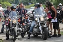 V Kladrubech byly k vidění motorky různých značek i kubatur.