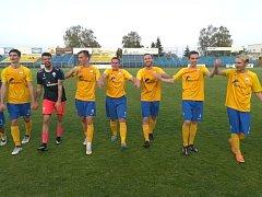 Benešov vyhrál poprvé za tři body, Jirny porazil 2:0.