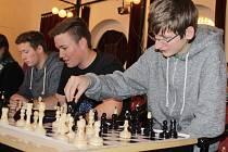 V benešovském hotelu Na Poště se utkalo celkem 22 šachových družstev.