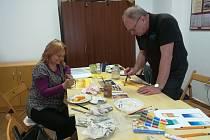 O posledním dubnovém víkendu se v Spolkovém domě sourozenců Roškotových ve Vlašimi setkali nadšenci pro umění akvarelových maleb.