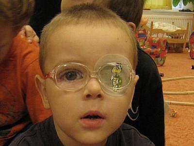 Štěpán Kadlec, 3 roky, Auto s přívěsem. Mám jeho obrázek, který si nosím sebou do školky.