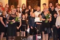 Z vánočního koncertu gymnazistů v Sukově síni v Benešově.