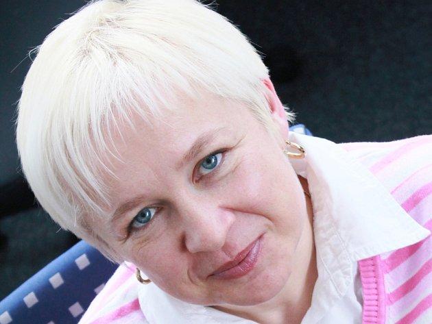 Šárka Zemanová je nominována na Řád srdce za pořádání Úklidové štafety v Netvořicích.