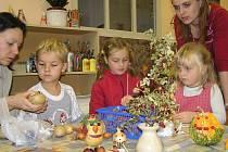 Děti z Mateřské školy Dukelská si hrály s bramborami