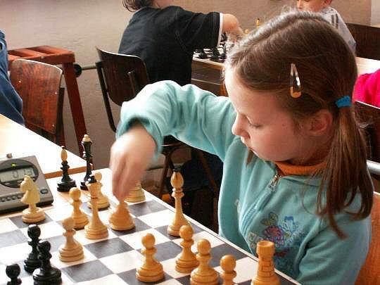 Anežka Vlková. Vlašimská mladá šachistka se stala v Berouně krajskou přebornicí mezi děvčaty do osmi let