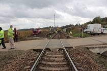Výstavba nového nástupiště na zastávce v Peceradech.
