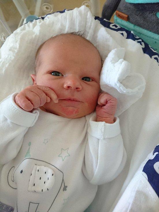 Richard Holubec se narodil 10. dubna 2021 v porodnici Rakovník. Po porodu vážil 3,61 kg a měřil 51 cm. S rodiči bude bydlet v Košířích.