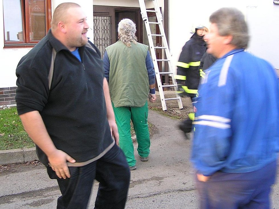 Požár pekařství v Týnci nad Sázavou.