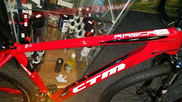 Horské jízdní kolo CTM Rascal vprodejně vulici Červené Vršky.