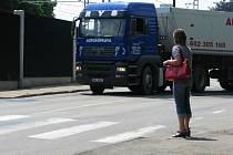 Od úterý 10. června bude přechod v Hodějovského ulici hlídat městská policie