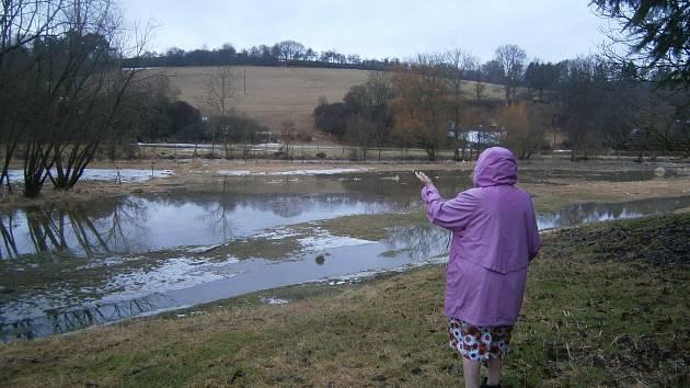 Řeka Blanice se v některých částech toku vylila ze svého koryta