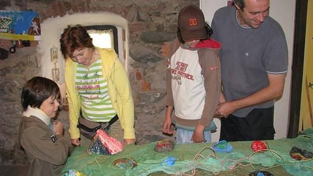 Výtvarné výstavy obohacují kulturní program Kult klubu Nespeky.