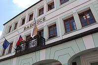 Nová radnice na Komenského náměstí ve Voticích.