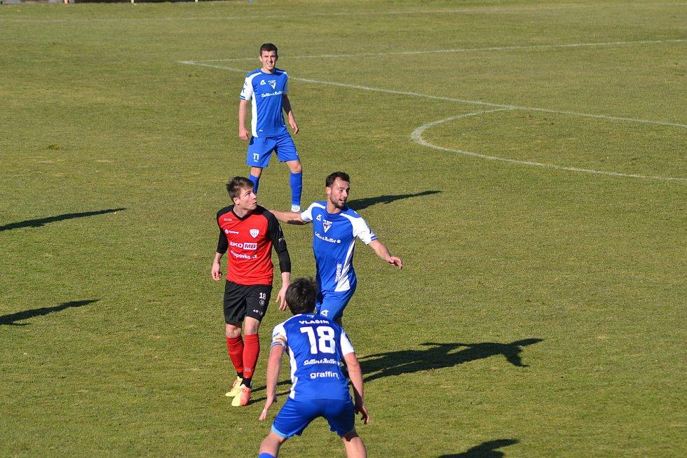 ze zápasu 13. kola FN:L mezi Vlašimí a Táborskem, který skončil jednogólovým vítězstvím hostů.