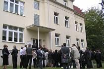 V říjnu 2006 bylo v choceradské léčebně slavnostně otevřené rehabilitační centrum, které po roce pro nezájem klientů skončilo.