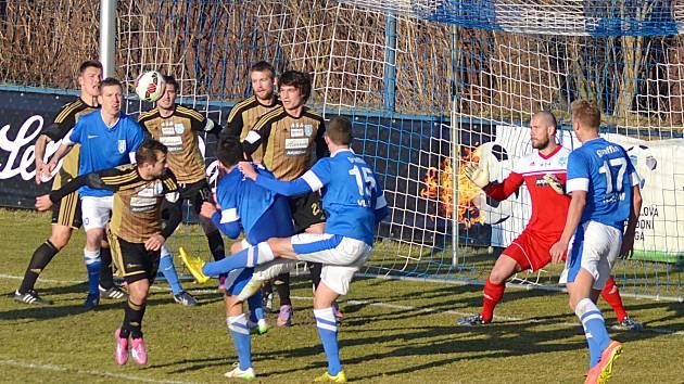 Tlak Vlašimi i v deseti, gól nepřinesl.