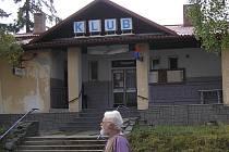 Za proměnu votického kina v multifunkční centrum radnice zaplatí 2,2 milionu korun.