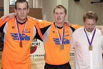 Trojice Šacungu VHS Benešov – Jiří Doubrava, Jiří Holub a trenér Jan Buddeus se o víkendu představí na Světovém poháru v Nymburce.