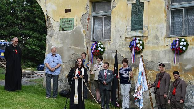 Vzpomínková akce u starého zámku ve Voticích, kde žil Kašpar Kaplíř ze Sulevic.