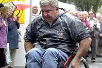 Invalida na vozíku.