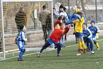 Deset gólů nastříleli benešovští mladíci do sítě Sezimova Ústí, což jim také pomohlo k celkovému vítězství v turnaji