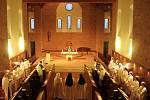 Kostel asvěcený Blahoslavené Panně Marii, Matce jednoty křesťanů.