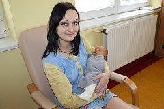 Kristýna Měřínská se narodila 24. března v 8.42, kdy měla  2 780 gramů a 48 centimetrů. V Čerčanech žije s rodiči Anetou Otradovcovou a Davidem Měřínským a bratry Honzou (10) a Matějem (5).