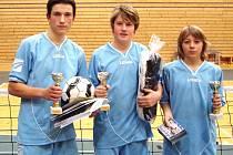 První sestava ZŠ Dukelská z Benešova (zleva Pelich, Eliáš, Kubálek) dokázala na 4. ročníku republikového finále Poháru ČNS základních škol vybojovat bronzovou medaili.