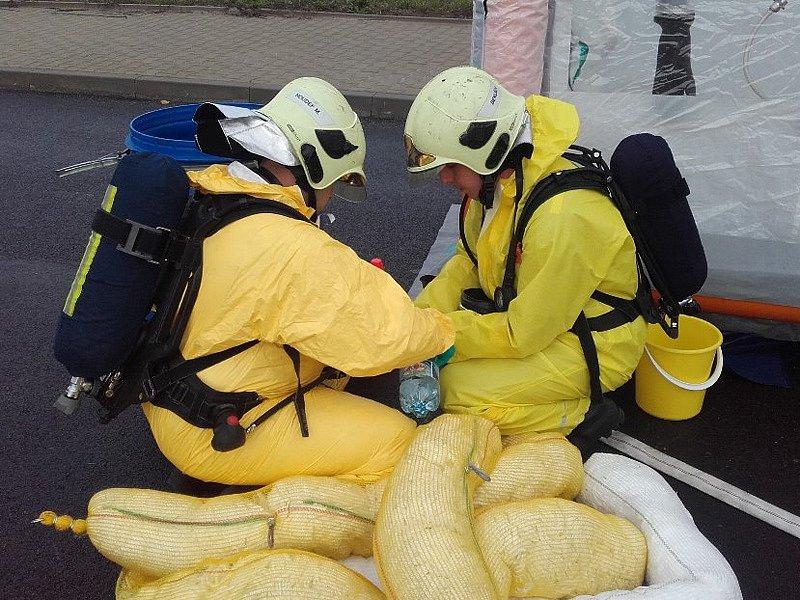 Pondělní hasičské cvičení v Neveklově.
