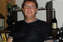 Hledaný Petr Kužel se mohl vetřít do domácnosti i dalším ženám z Benešovska