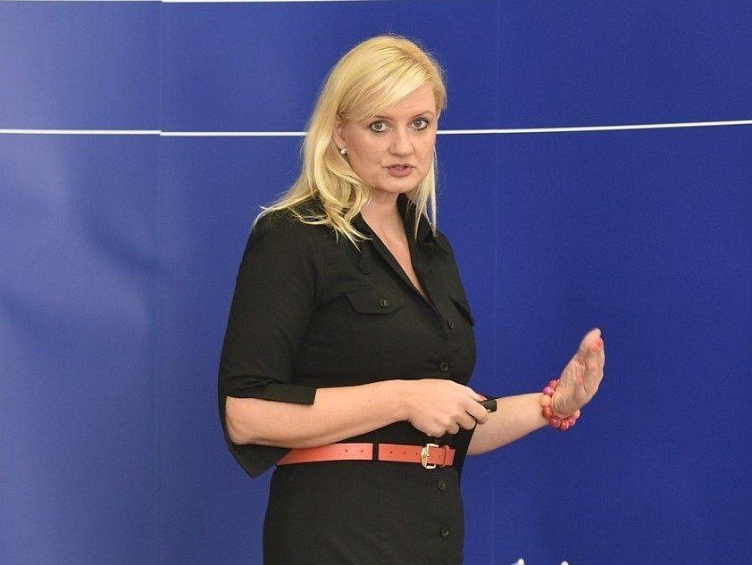 Petra Pecková (STAN).