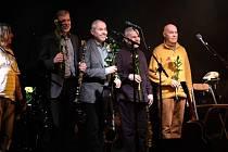 Benefiční koncert bratří Ebenových v Kulturním domě Karlov v Benešově.