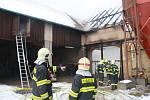 Požár stodoly v Bezděkově.