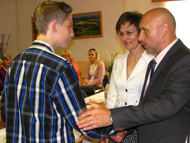 Rozloučení se žáky 9. třídy na vrchotojanovické radnici.