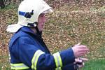 Taktické cvičení hasičů u věžáku ve vlašimské Prokopově ulici