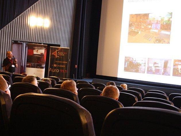 Také školy z Benešovska se zapojily do projektu Příběhy bezpráví – měsíc filmu na školách.
