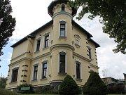 Základní školy a Praktické školy Benešov v objektu vily Katuška.