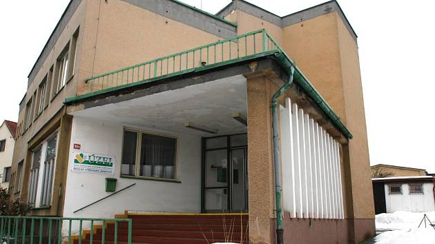 Objekt v Hodějovského ulici určený pro přestavbu školu.