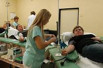 Už zanedlouho bude nová benešovská transfuzní stanice disponovat místo třech dosvadních odběrových lůžek hned pěti.