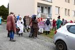 Masopust zahájili také v Pyšelích, a to tradičním průvodem masek.