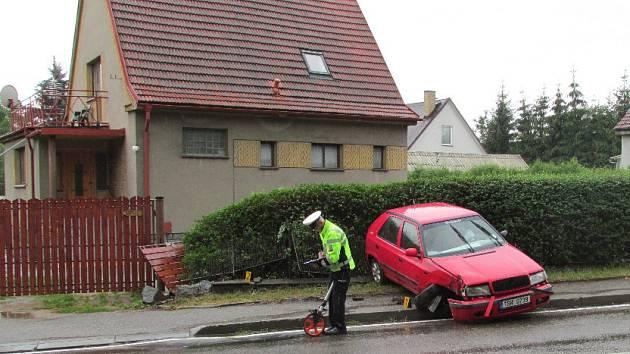 Nehoda v benešovské Máchově ulici.