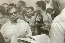 Václav Havel na snímku z novin, při návštěvě Posázaví 23. srpna 2001.