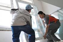 Výměna oken čeká v roce 2013 obyvatele nejméně deseti benešovských bytových domů.