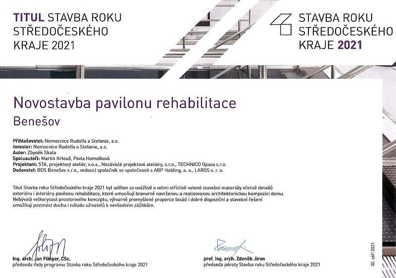 Potvrzení, že Komplexní rehabilitační centrum Benešov je krajskou stavbou roku 2021.