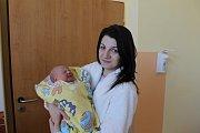 Rodičům Marii Křižíkové a Miroslavu Chadrabovi z Pyšel se 17. ledna ve 14.55 narodila dcera Stella Chadrabová. Na svět přišla s váhou 3,47 kg a mírou 50 cm. Doma na ni čeká sestřička Ema Chadrabová.