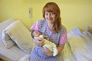 Malý Vítek Babor se narodil 11. srpna ve14.53. Při narození v benešovské nemocnici vážil 3200 g a měřil 48 cm. Jeho maminka Petra Baborová pochází zMněchovic, kam si svého synka odveze.