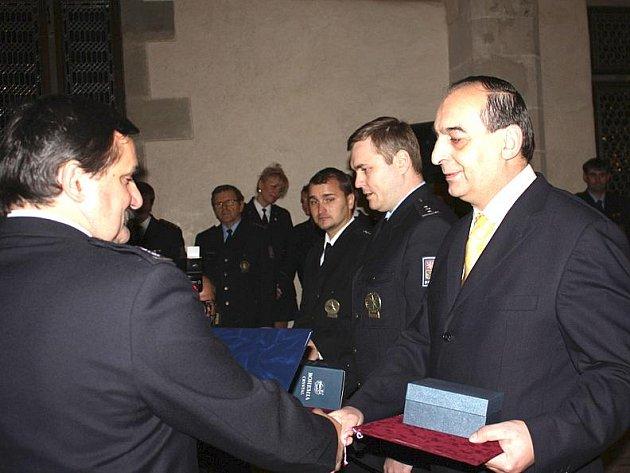 Slavnostní ceremoniál se odehrával v královském sále hradu Křivoklát.