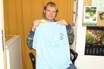 V šestém kole vyhrál Jiří Smitka z Benešova a získal stokorunovou poukázku od sázkové kanceláře Fortuna a trička.